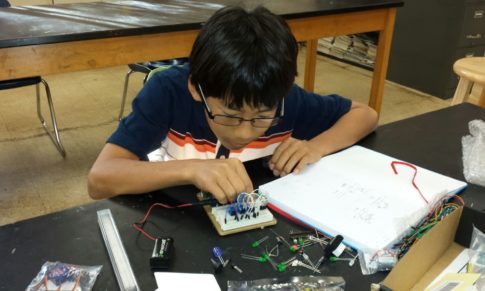 Teach an Electronics Class Without Computers