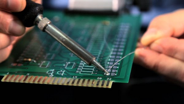 how to surface mount solder