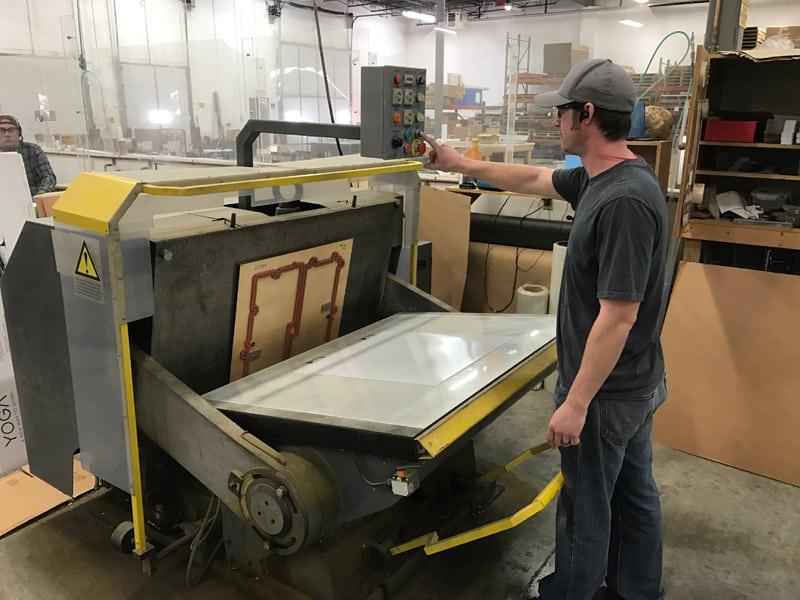 die cutting machine for manufacturing