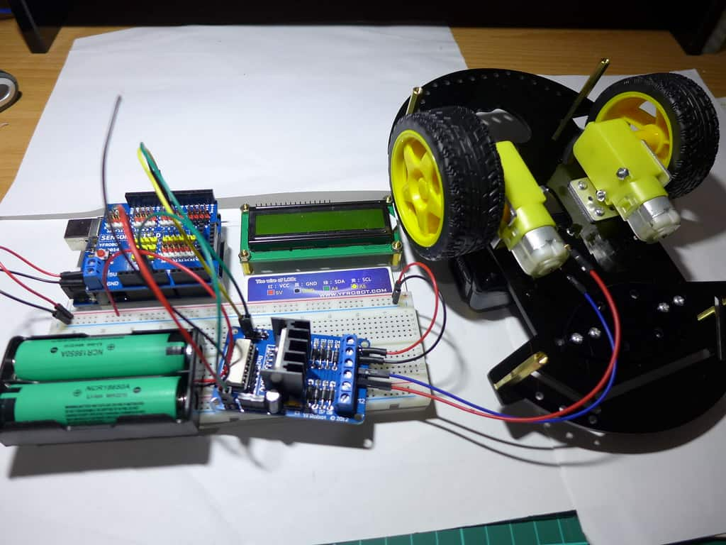 Arduino Motor Controller for Robotics Projects
