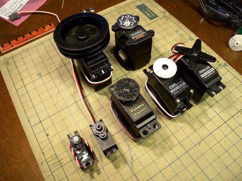 servo motors hobby project