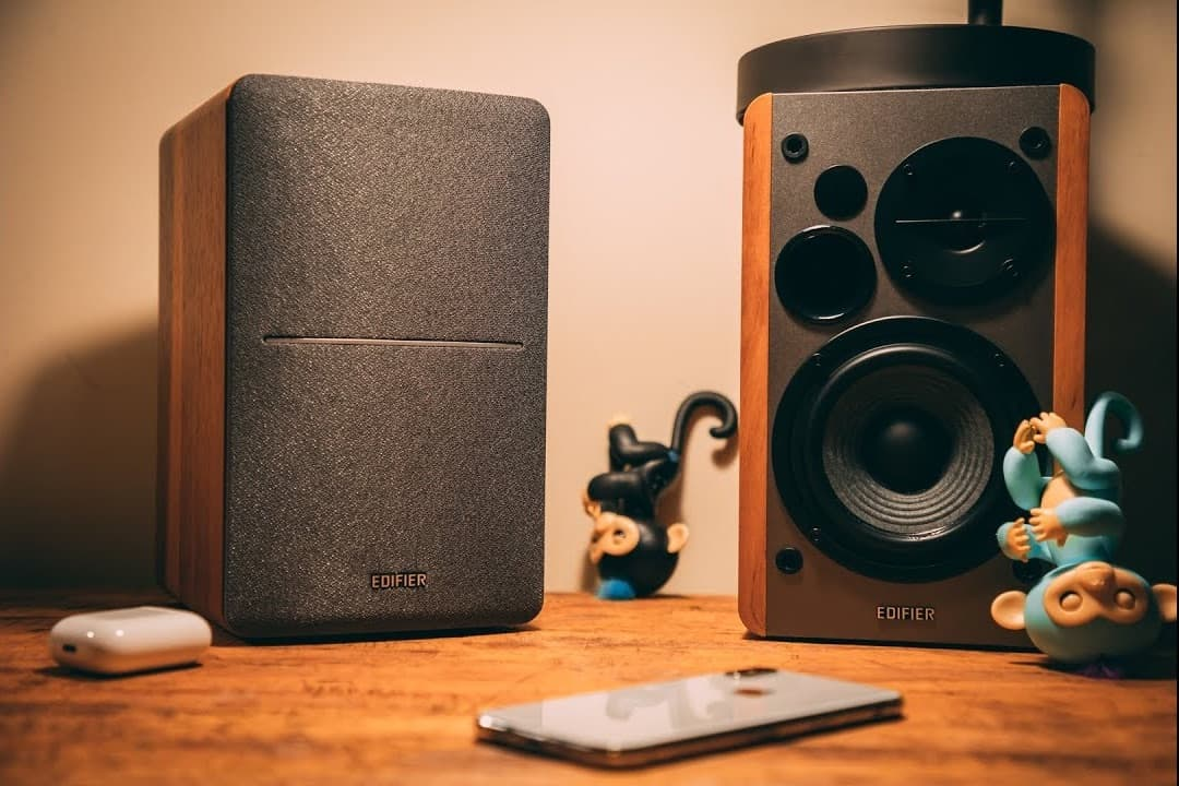 Best speakers and tech under $100 are the Edifier R1280T