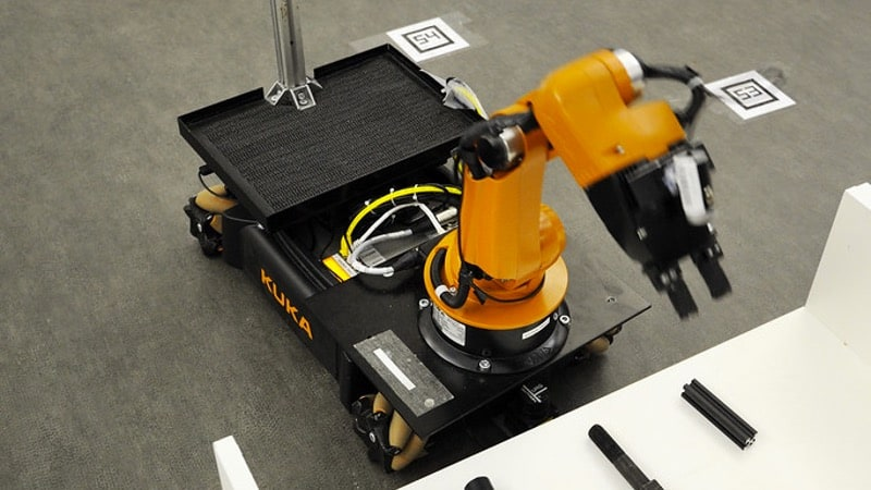 Motion Control and Software Engineering for Robotics courses online Coursera Plus