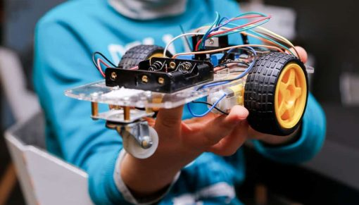 STEM activities and robotics classes you can take from home remotely