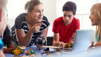 Gain Robotics Skills from Home with our Kit and Online courses